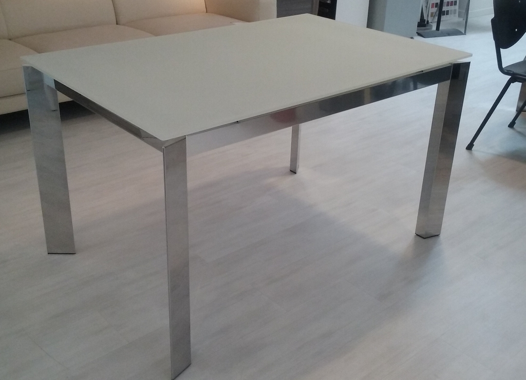 Tavolo calligaris mod baron stock for Tavolo cristallo allungabile calligaris