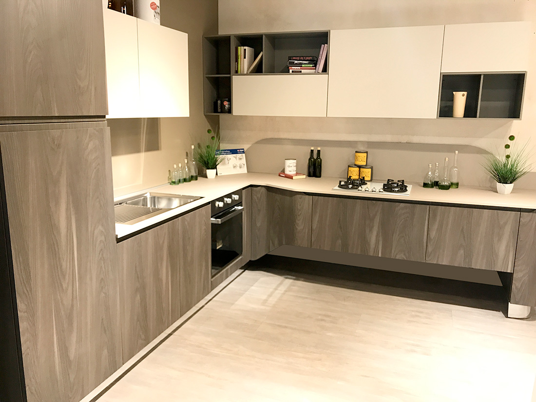 Complementi: cucina stosa mod bring
