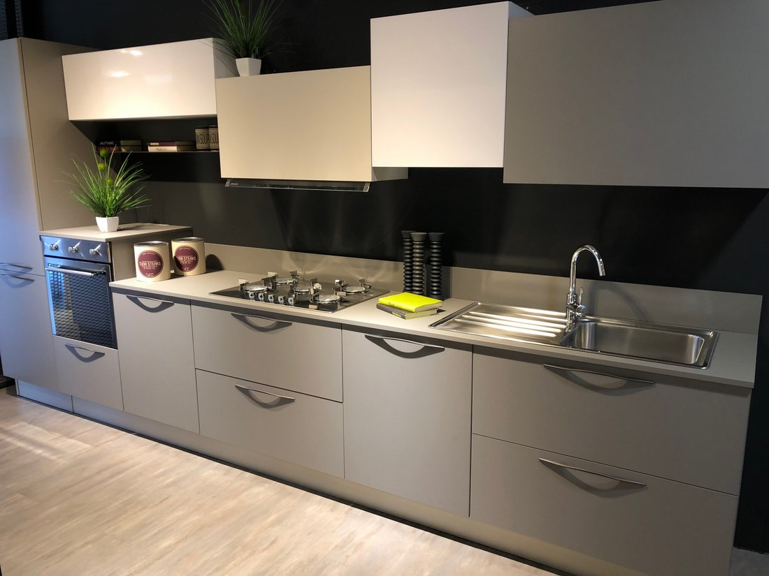 Emejing outlet cucine toscana ideas for Mobili firmati outlet