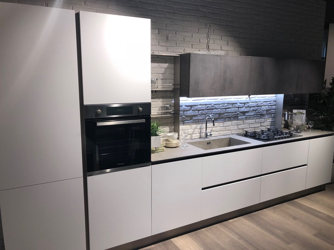 Stunning cucine febal outlet images ideas design 2017 for Mobili firmati outlet
