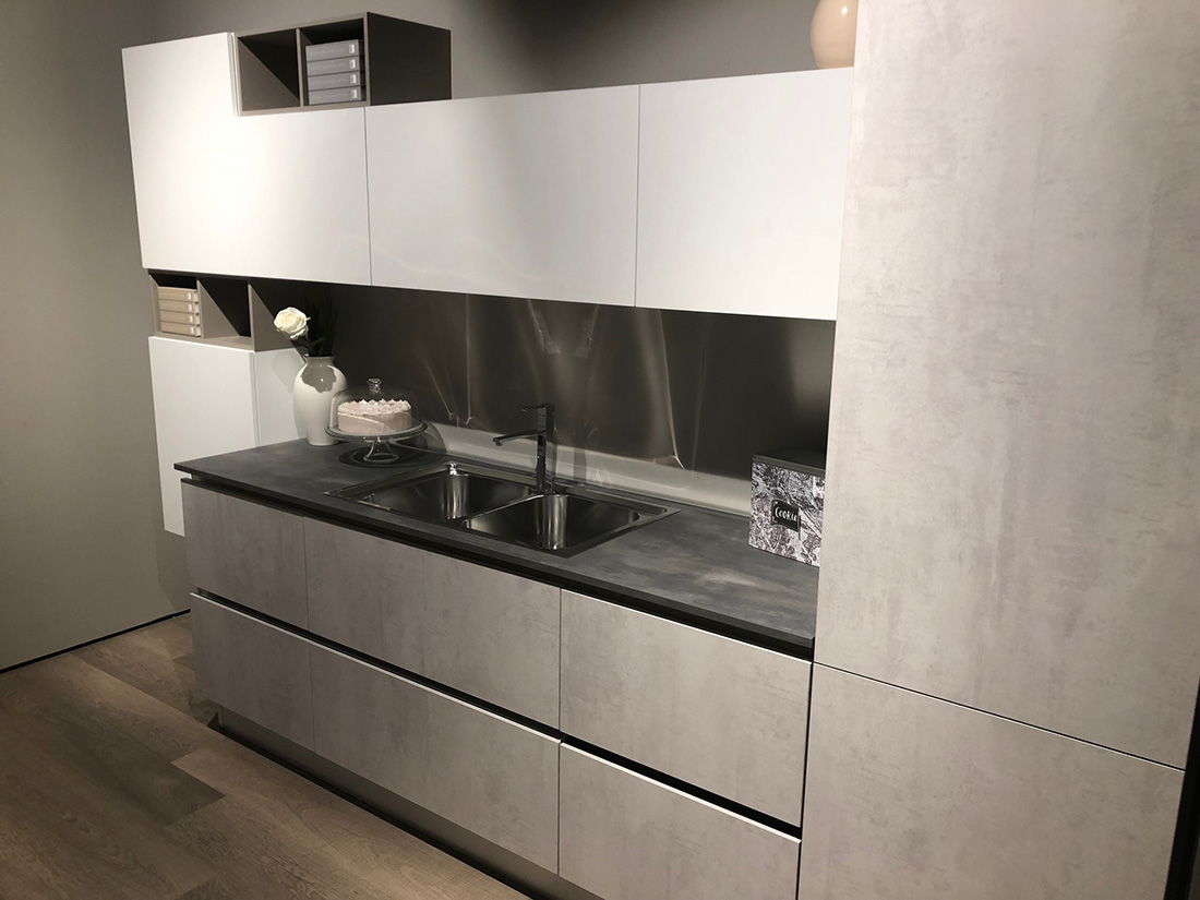 Cucina Creo Kitchens Mod. Tablet Neck