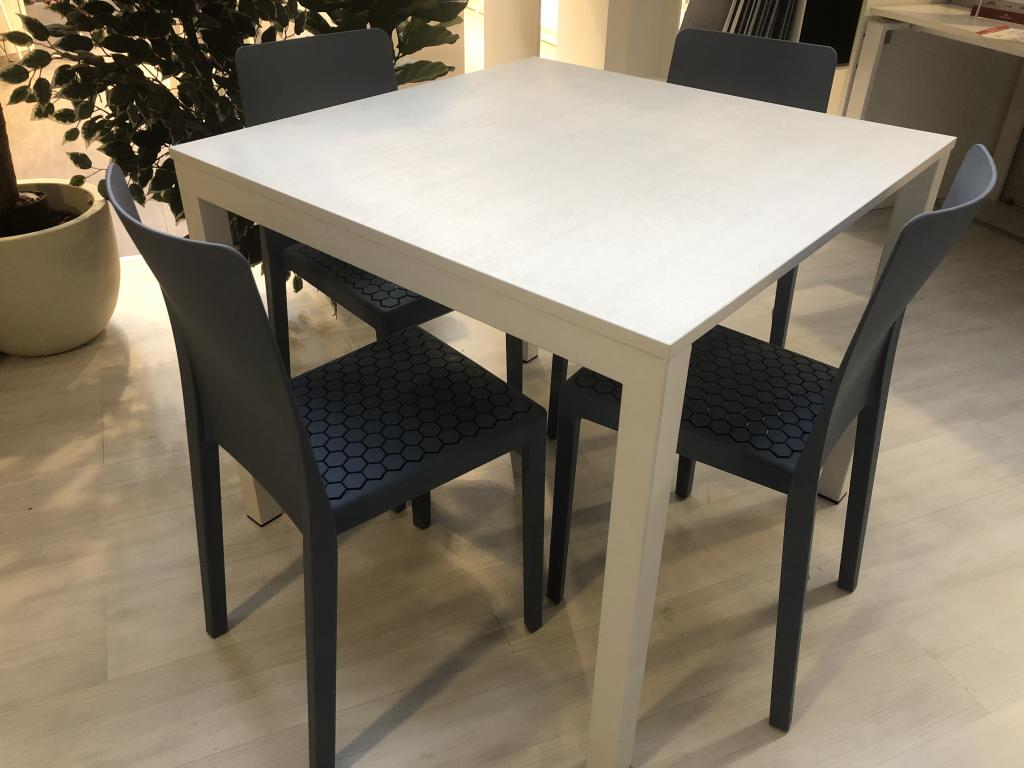 Outlet calligaris firmati, Arredo Group